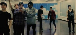 世勛公開EXO練習照 「新專輯的主題會是?」