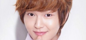 "SHINee溫流-EXO D.O.俘獲媽媽的心 當選""想當做兒子的明星"""