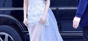 T-ara智妍出席有線TV廣播大獎,「現實版艾莎?」