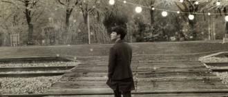 Roy Kim演唱會海報公開 返韓正式投入準備