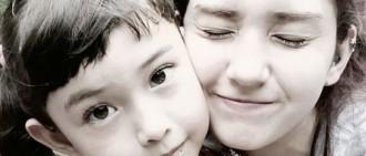 全昭彌,與妹妹Eblin充滿愛意的照片被拍「姐姐,我愛妳..帶我壹起去」