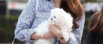 女團Davichi回歸:更受關注的卻是成員姜敏京的臉,「變得不一樣了」