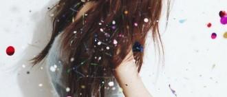 泰蒂徐新專輯「Dear Santa」的個人預告照片曝光