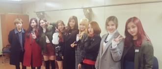 韓網友們認為TWICE成員需要更多曝光
