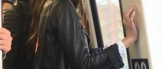 少女時代允兒乘坐中國地鐵 只是站著都星光閃耀