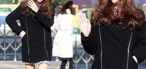 17 K-Pop Girls展示她們的高中制服
