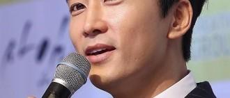 宋承憲婉拒記者提問 與劉亦菲的婚期定在何時?