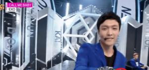 網友們注意到EXO成員Lay的手好像受傷了