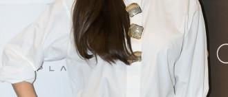Jessica新歌奪冠 Krystal喜極而泣致電祝賀