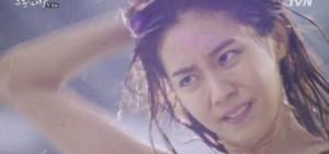 《浩九的愛情》Uee:游泳棒,性格也勁爆!
