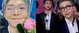 RM格林美獎發言太性感!外國網友狂問:戴眼鏡的是誰?