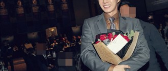 朴海鎮迎出道12週年 《四子》片場驚喜慶祝