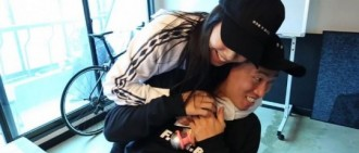 《RM》曝「週一情侶」再會照 宋智孝緊抱Gary