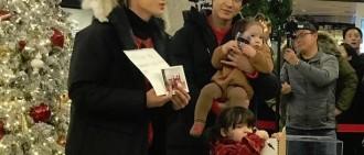 EXO燦烈、Kai變混血萌娃奶爸! 網一看笑哭:抱孩子的姿勢就有差