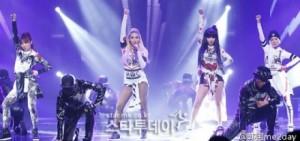 "2NE1""我最紅""YouTube點擊數超過1億"