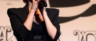 鄭妮可5月發專輯 闊別1年回歸樂壇