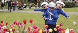 三胞胎化身可愛小小兵,歡度兒童節,萌孩們展現搞怪小大人魅力!