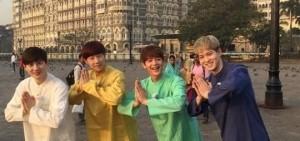珉豪-宗泫-聖圭-SUHO 異國風景中的可愛四兄弟