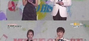 WINNER、MAMAMOO領Gaon'年度新人獎' 利特表達思念Rise、EunB之情