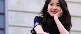 Park Sandara受訪談2NE1解散:成員感情不變