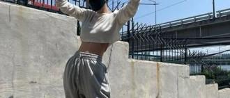 孫娜恩SNS釋出近照 運動裝棒球帽展隨性帥氣氣質
