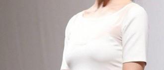 33歲宋智孝奪韓最美身材 引熱評「都是《霜花店》拍的好!」